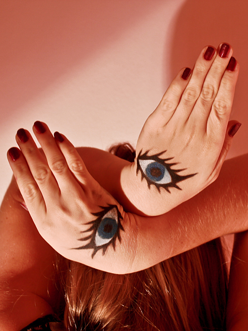 All Seeing Eyes: Beauty photography by Sasha Rainbow