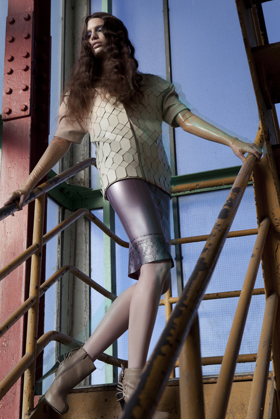 top by Craudia Ligari, skirt and Gloves by Atsuko Kudo