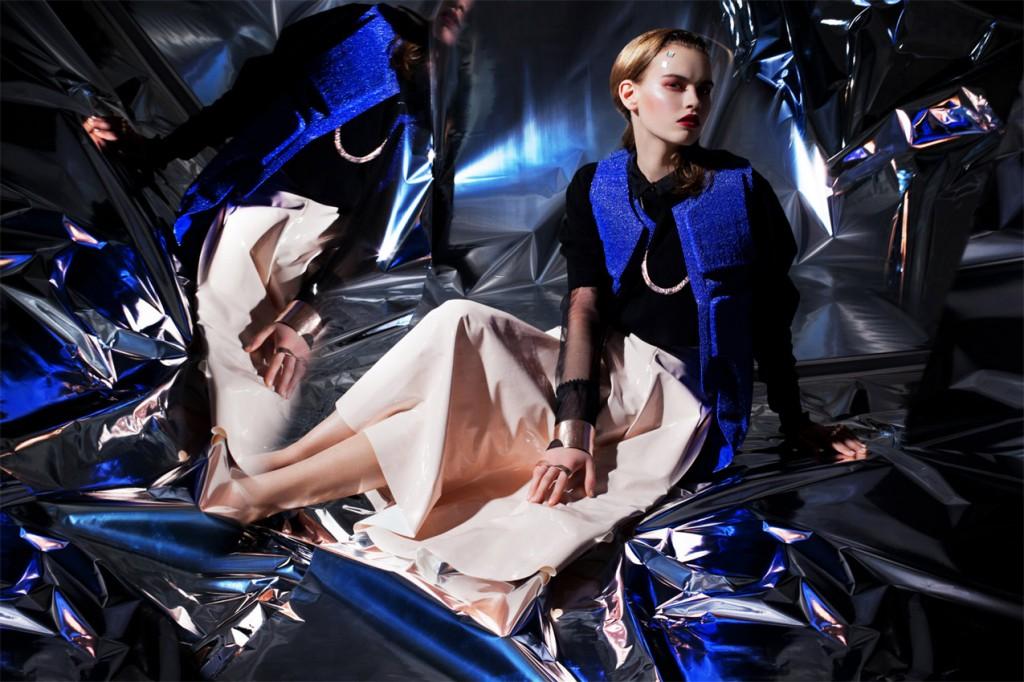 Schall & Schnabel Shoot: Blouse ISSEVER BAHRI, sweater JULIA HEUSE, waistcoat LOUISE FRIEDLANDER, skirt stylist own, accessories BJORG, shoes stylist own