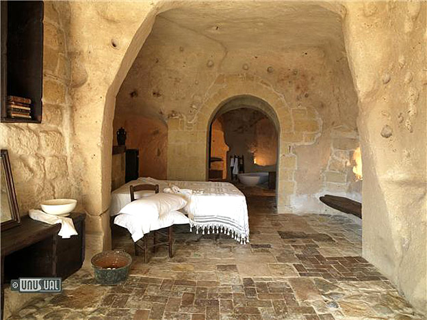 extraordinary places to stay - cave house