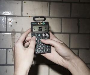 cheap_monday_teenage_engineering_mini-synthesizer
