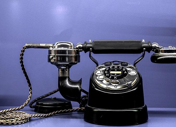 Phone-Web-2