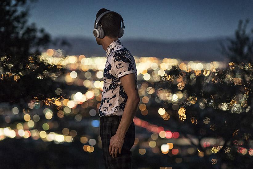 bang & olufsen, beoplay h4, wireless headphones