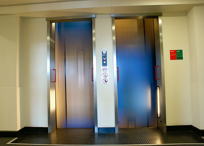 Paternoster lift