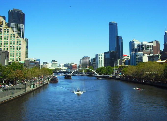 Our super useful guide to getting around Melbourne