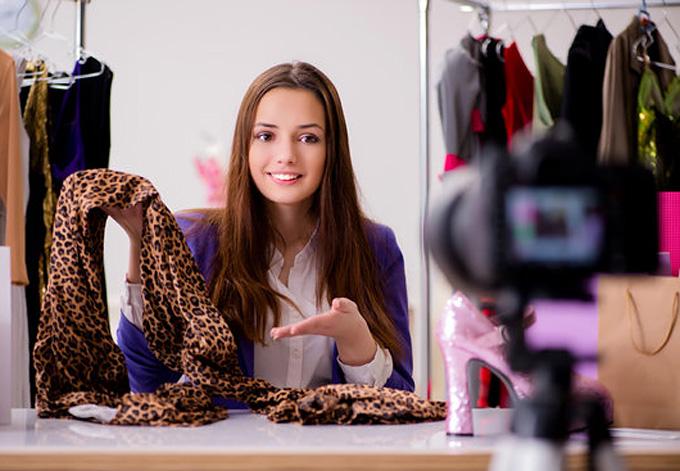 successful fashion blogs