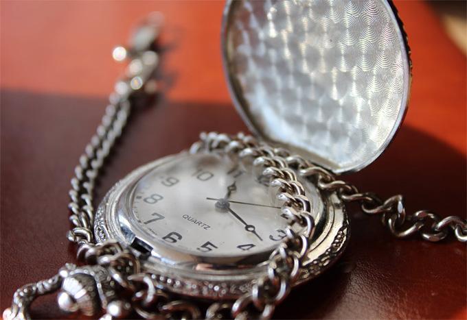 stylish quartz watches