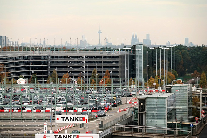 long term airport parking