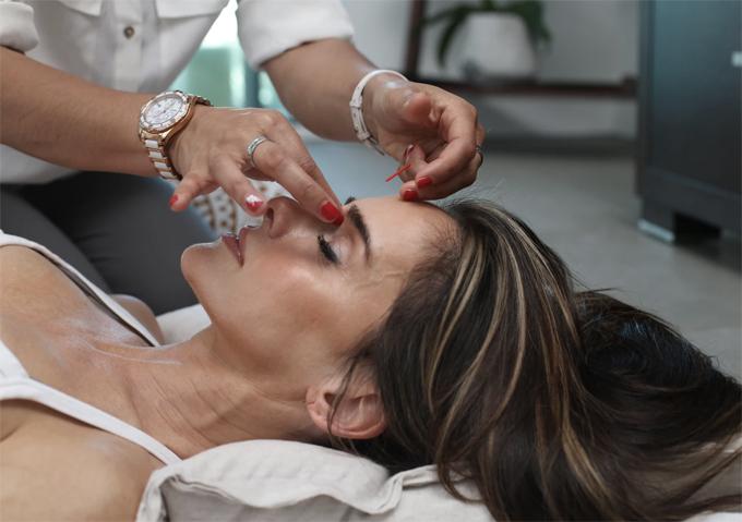 Revitalizing aging skin