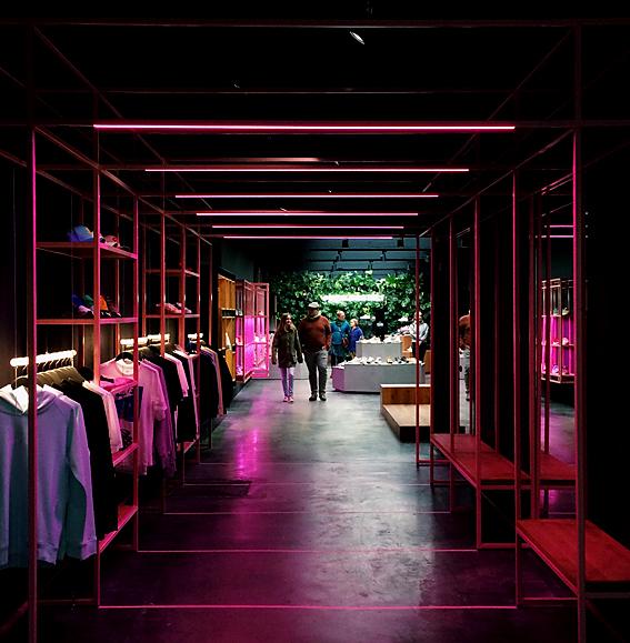 Fashion store lighting