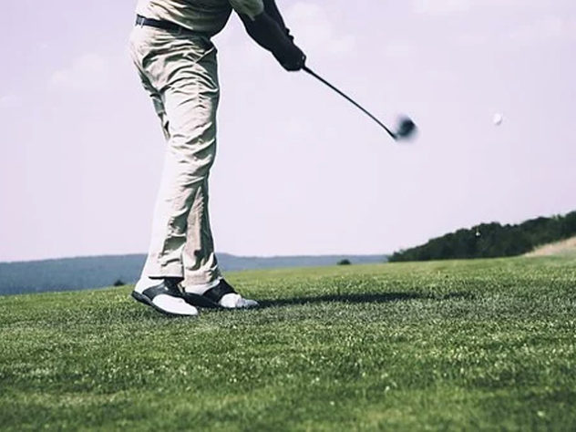 stylish golf wear